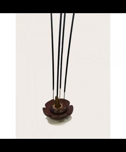 Подставка для палочек и конусов круглая в виде цветка, диаметр 7,5 см, высота 2.5 см